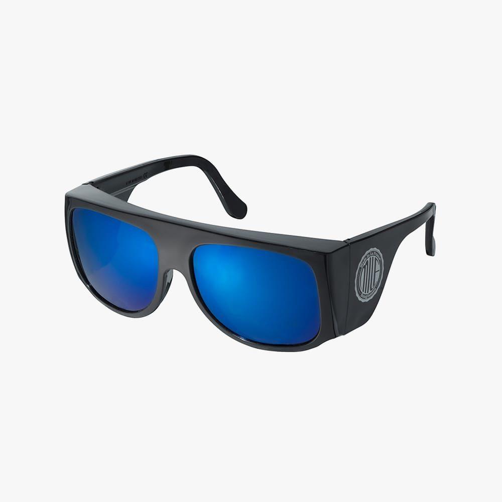Milf-amilf-black-blue